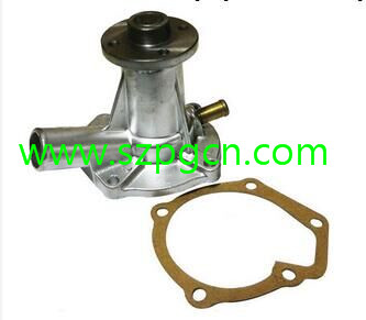 China Supplier Kubota Tractor D750 Water Pump 15534-73030