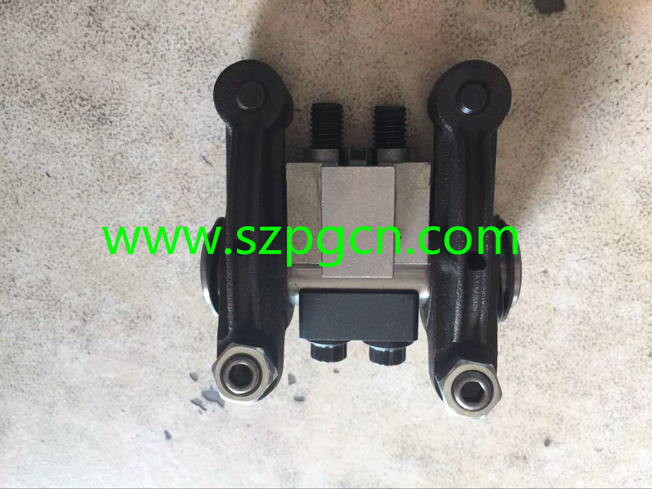 6D114 ROCKER ARM ASSY