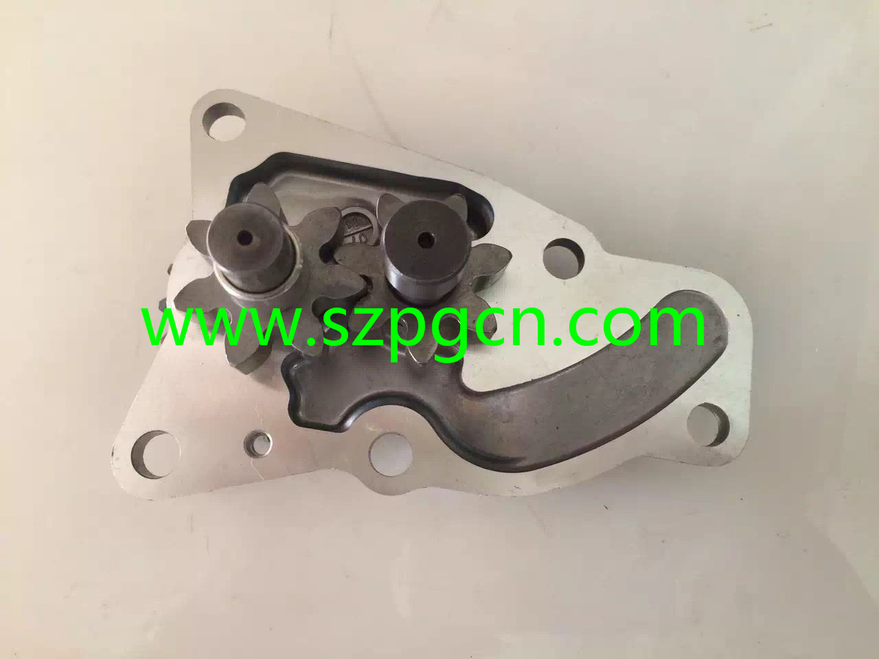 4D95 12MM  OIL PUMP