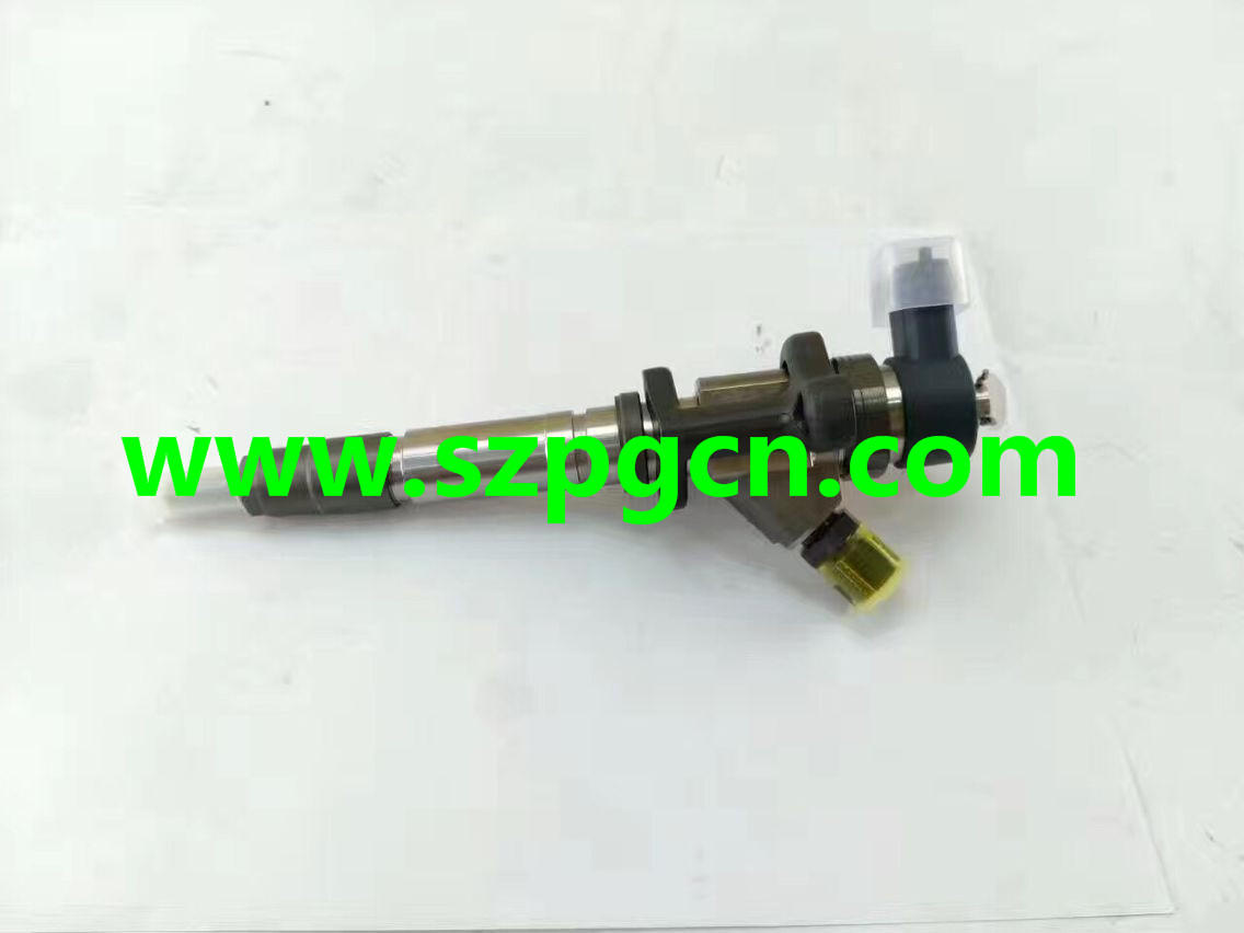 4M50 ME226718 0445120048 INJECTOR