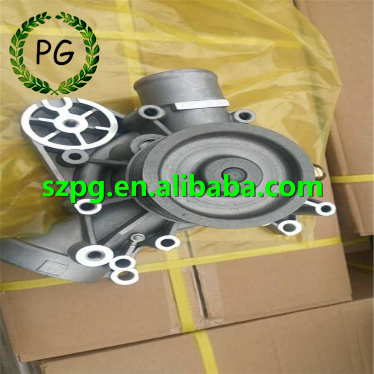 04901740 Water Pump for Deutz TCD2013 Engine